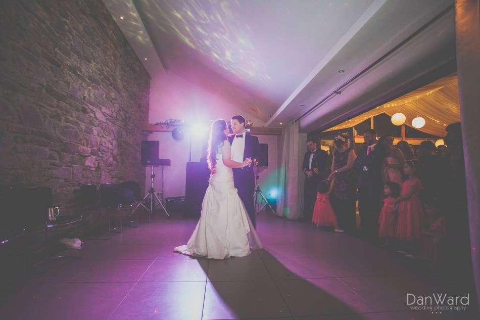 Simon_and_Sara_512_Dan-Ward-Wedding-Photography