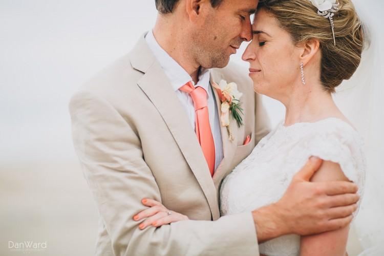 blue-bar-wedding-photographer-porthtowan