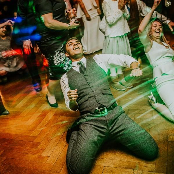 The obligatory wedding dance off