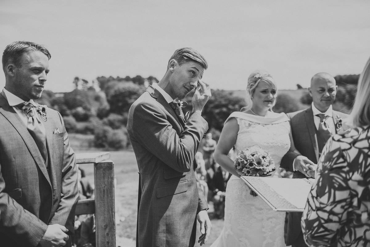 cornwall wedding photographer - trenderway farm wedding